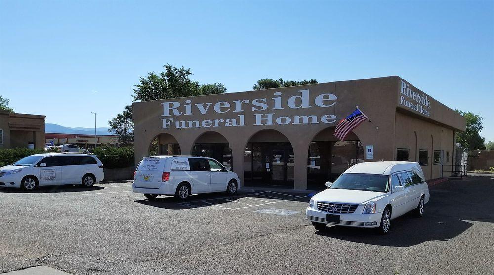 Riverside Funeral Home of Santa Fe: 3232 Cerrillos Rd, Santa Fe, NM