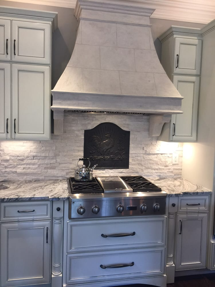 Groovy Kitchen Quartz Backsplash With Very Heavy Fireback Installed Home Interior And Landscaping Staixmapetitesourisinfo