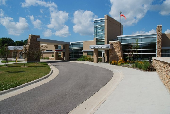 Winneshiek Medical Center: 901 Montgomery St, Decorah, IA