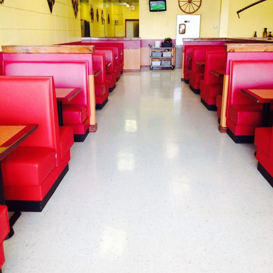 El Tajin Restaurant y Taqueria: 1055 E Stuart Dr, Galax, VA