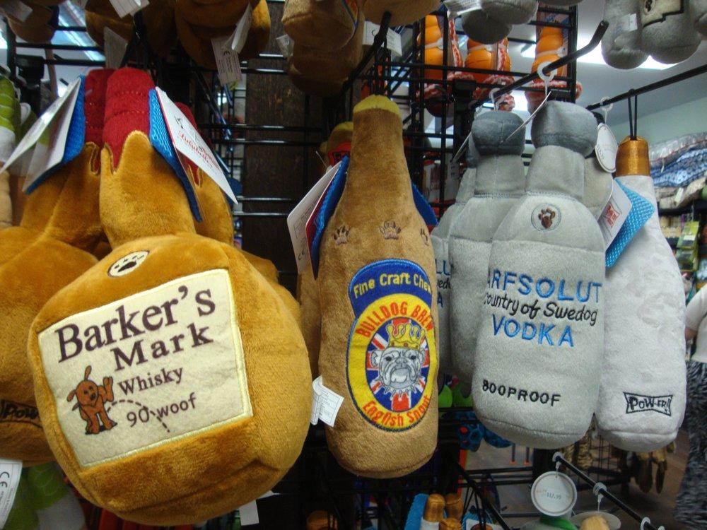 Harbor Pet: 120 Main St, Greenport, NY