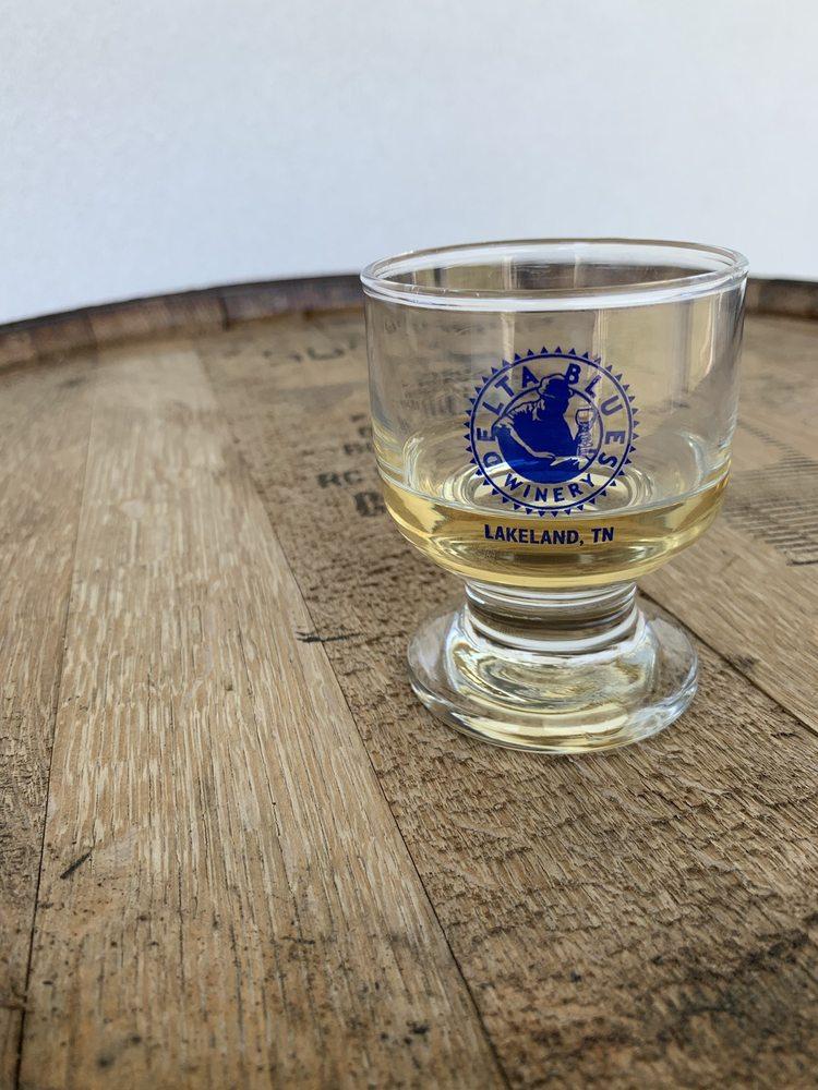 Delta Blues Winery: 6585 Stewart Rd, Lakeland, TN