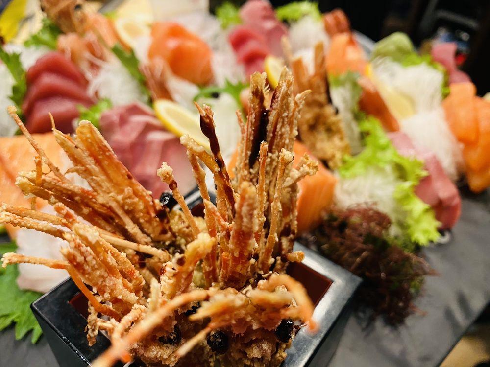 Red Bar Sushi: 525 E Market St, Leesburg, VA