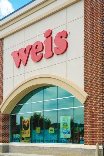 Weis Markets: 552 State St, Hamburg, PA