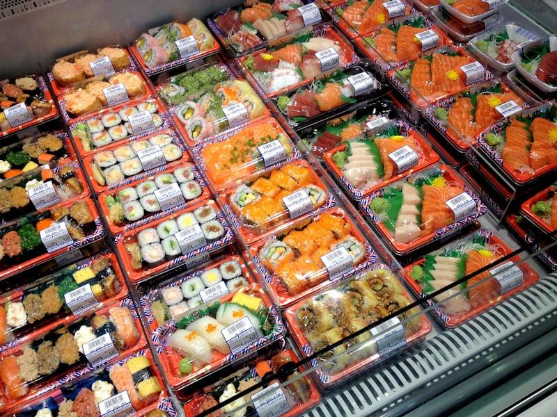 Counter kuriya japanese fresh fish market changi city for Nearest fresh fish market