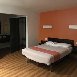 motel 6 81 photos 169 reviews hotels 2274 newport. Black Bedroom Furniture Sets. Home Design Ideas
