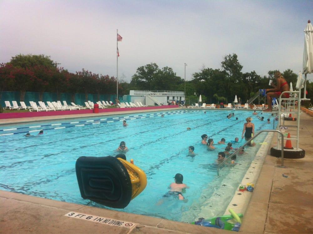 Alamo Heights Swimming Pool 13 Photos Swimming Lessons 250 Viesca St Alamo Heights San