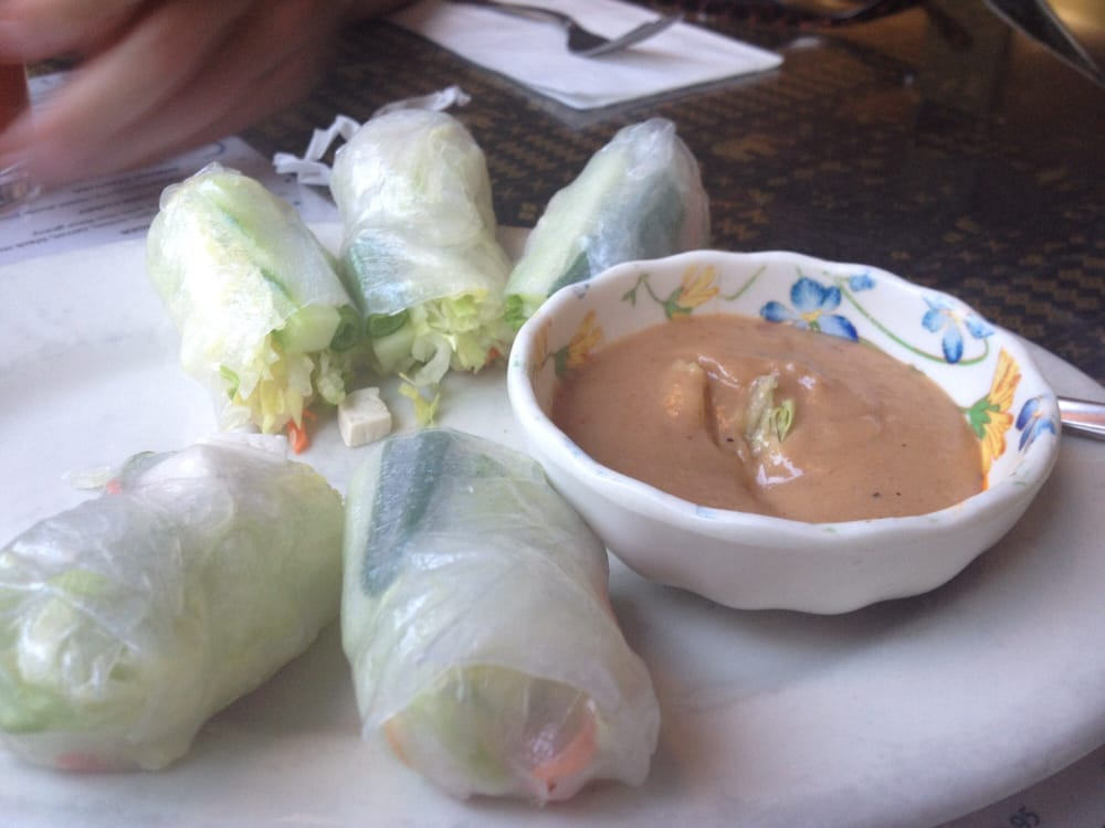Fresh rolls with peanut sauce yelp for Authentic thai cuisine portland or