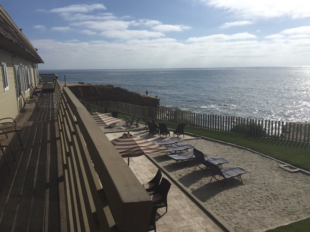 beach cliff villas hotels 1356 sunset cliffs blvd. Black Bedroom Furniture Sets. Home Design Ideas