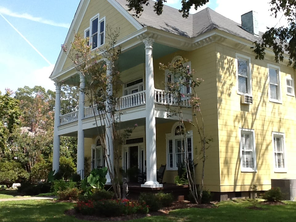 Isabella Bed & Breakfast: 1009 Church St, Port Gibson, MS