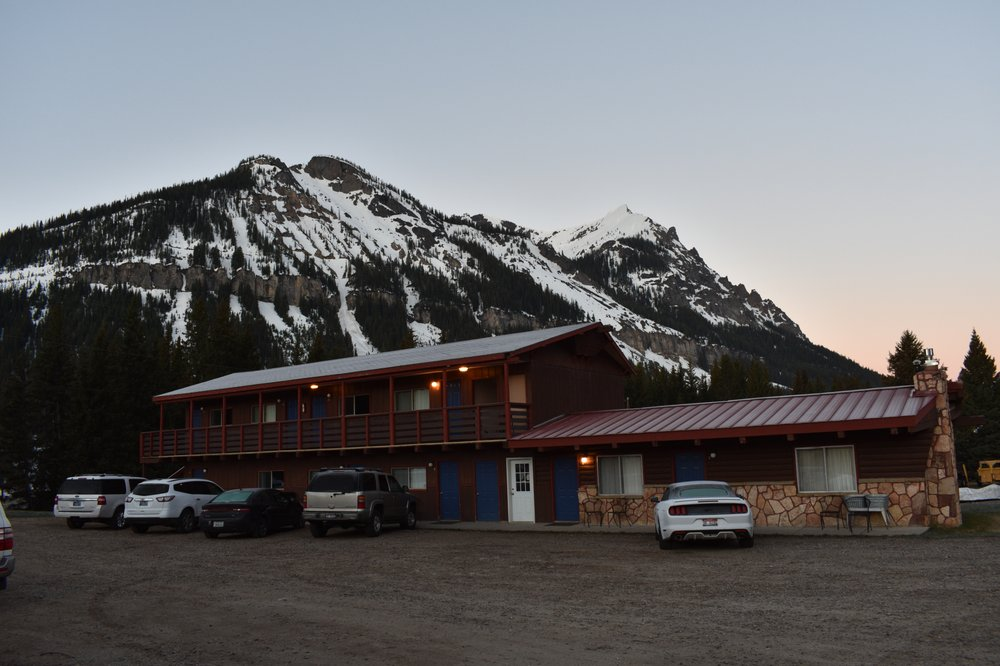 Alpine Motel: On Hwy 212-THE Beartooth Hwy, Cooke City, MT