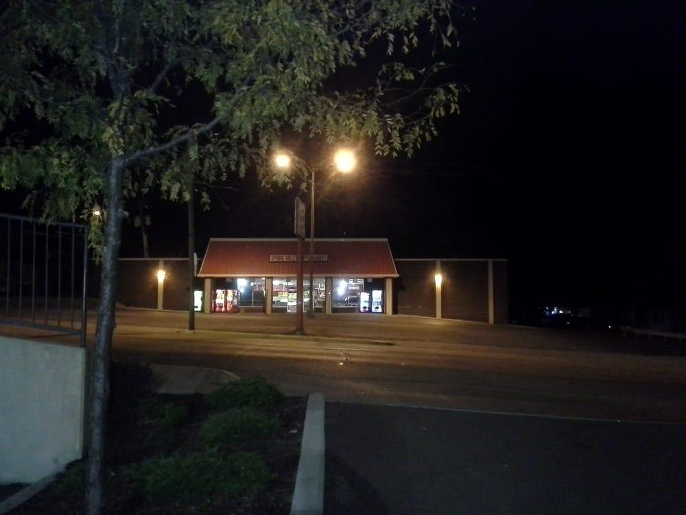 Spring Valley Supermarket: 117 S Spalding St, Spring Valley, IL