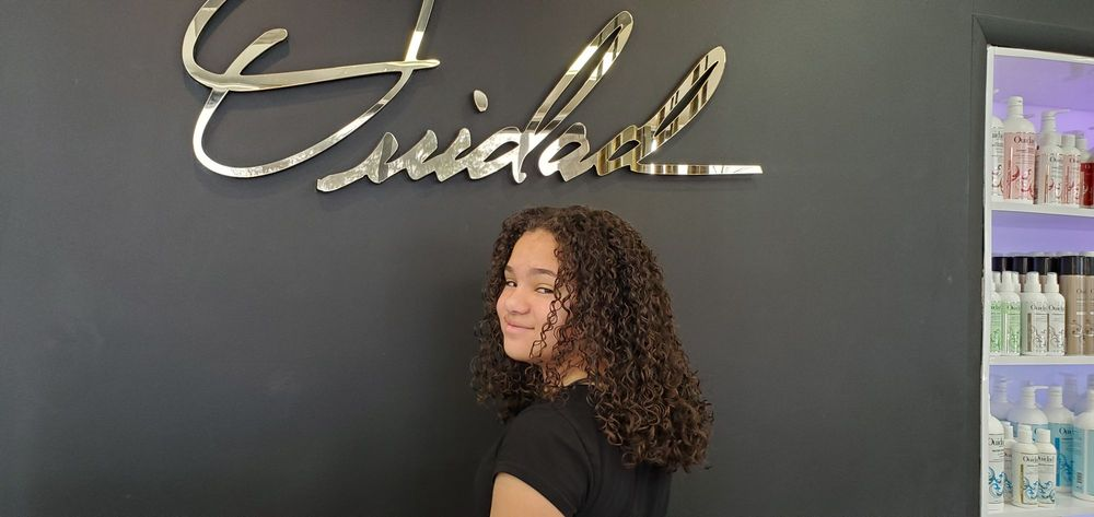 Ouidad Salon Fl - The Curl Experts