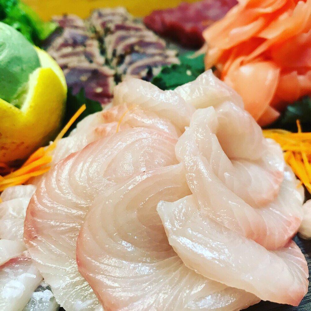 Little Hawaiian Seafood Grill and Tiki Lounge: 206 Rome St, Carrollton, GA
