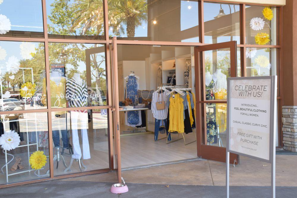 Smith & Angie Boutique: 26705 Aliso Creek Rd, Aliso Viejo, CA