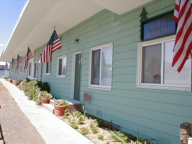 Evergreen Suites: 605 E Main St, Grangeville, ID