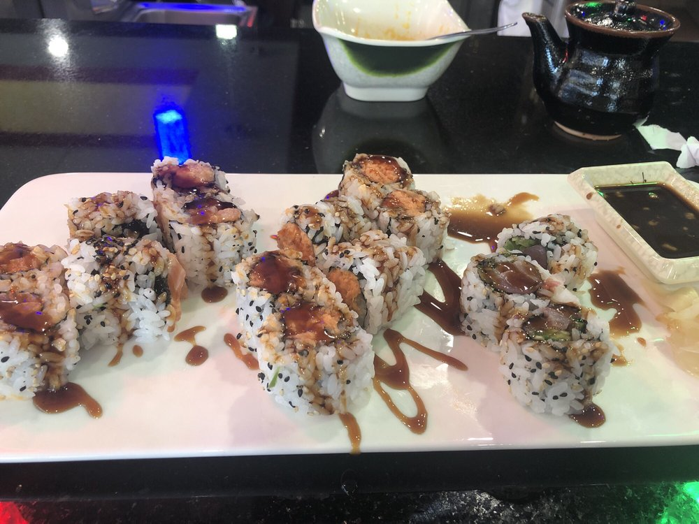 Tokyo Sushi & Steakhouse: 3315 6th Ave SE, Aberdeen, SD