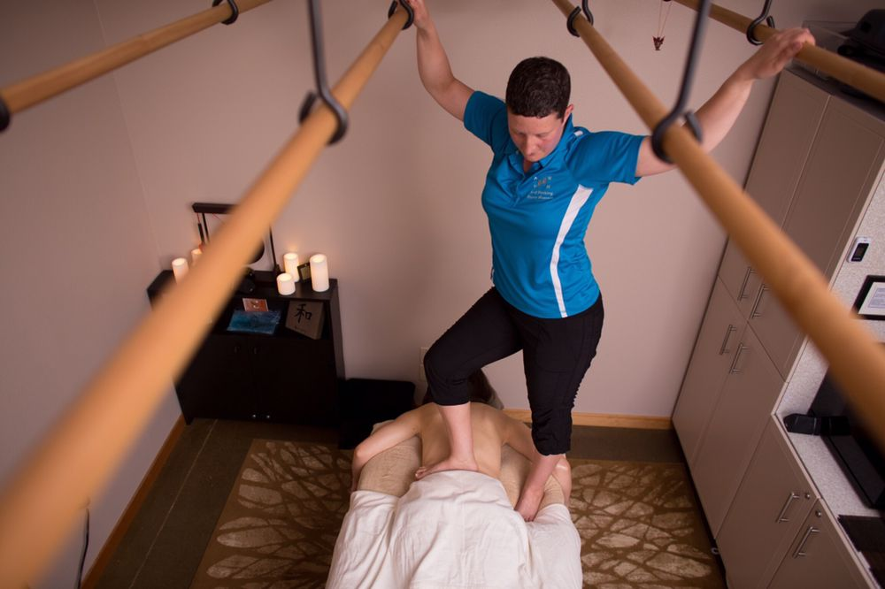 Ard Working Hands Massage: 630 NW Hickory St, Albany, OR