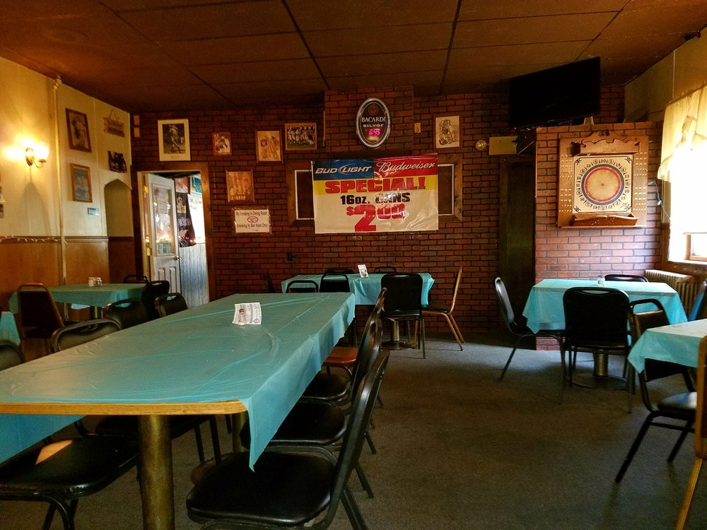 Major League Sports Bar & Restaurant: 809 Main St, Sugar Notch, PA