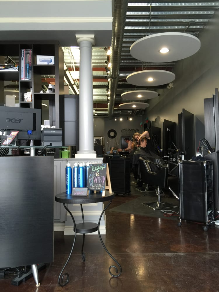 The hair studio hair salons 1600 e beltline ave ne for A j pinder salon grand rapids