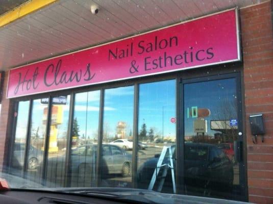 Photo For Hot Claws Nail Salon Esthetics