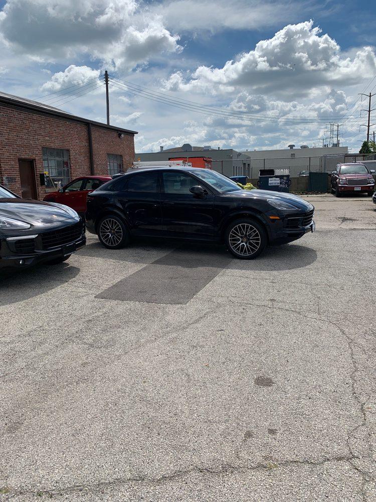 Magic Touch Hand Car Wash & Detail Center: 3080 Skokie Valley Rd, Highland Park, IL