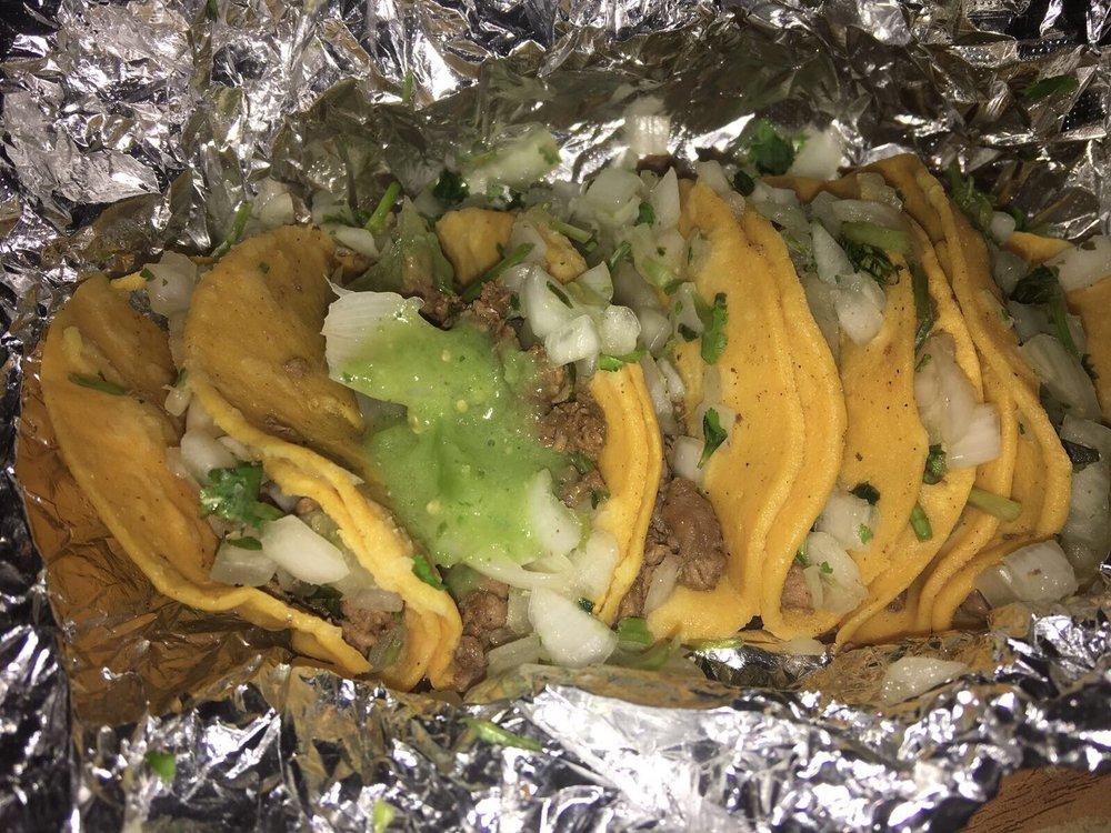 Tacos Los Compadres: Eagle Pass, TX