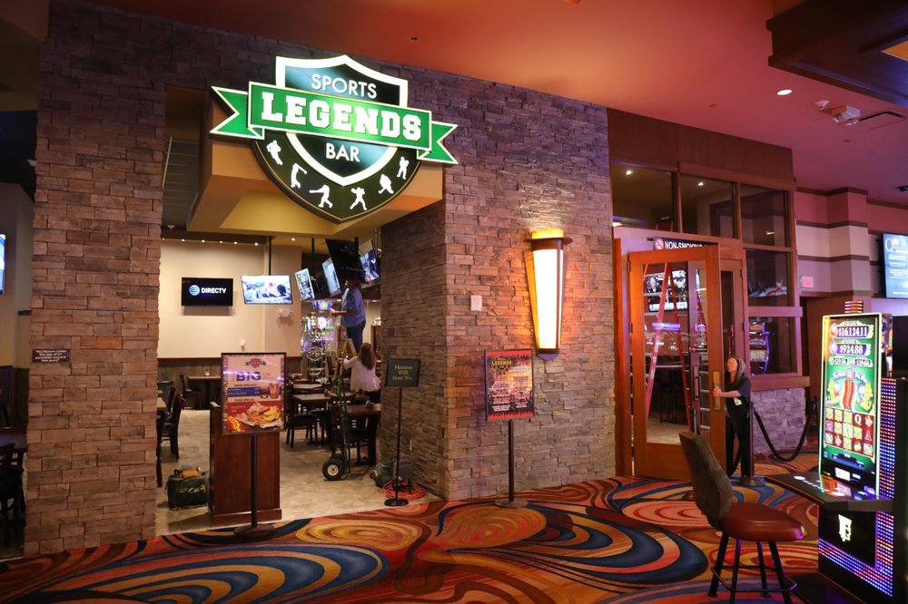 Legends Sports Bar: 69300 E Nee Rd, Quapaw, OK