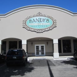 Sandy S Consignment Boutique 30 Reviews Furniture Stores 4148 Nw 13th Street Gainesville