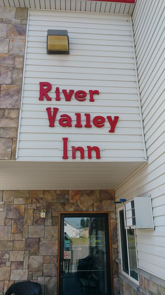 Big Timber River Valley Inn: 600 W 2nd Ave, Big Timber, MT