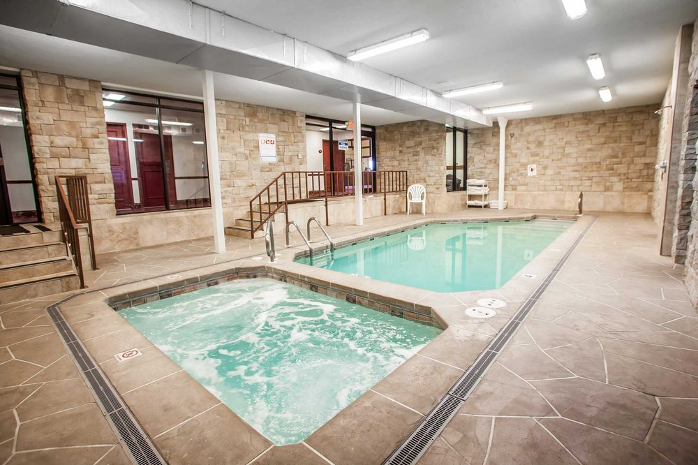 Econo Lodge Truman Inn: 3501 W Broadway, Sedalia, MO