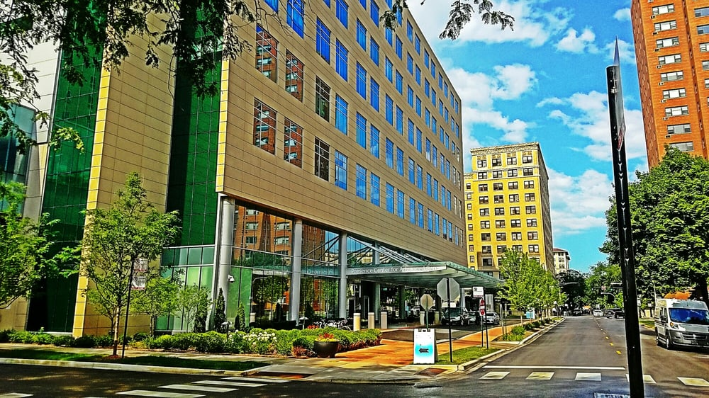 The Center for Cancer Care of Saint Joseph Hospital: 2900 N Lake Shore Dr, Chicago, IL
