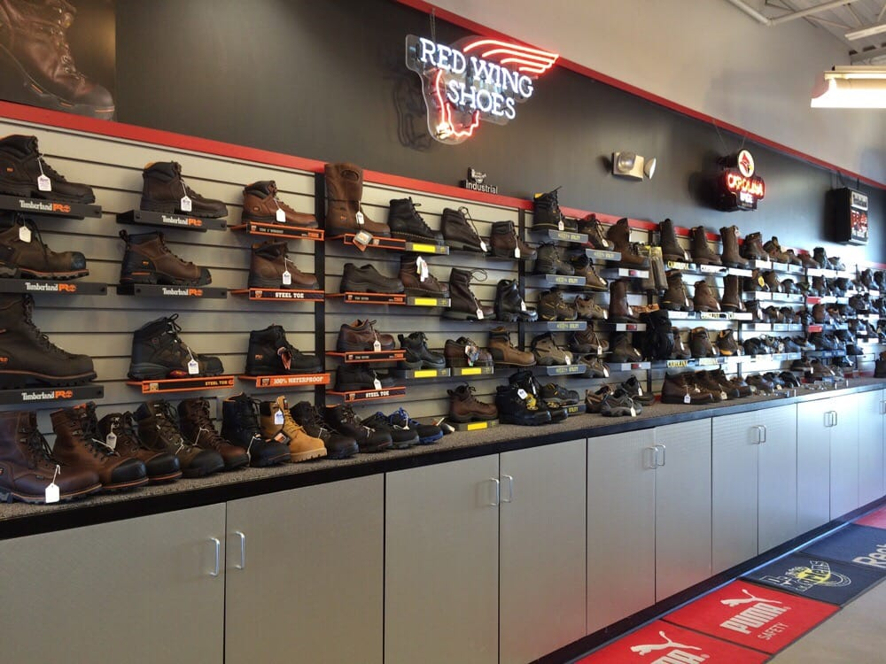 West Michigans #1 Shoes and Boots since We carry the brands you love and the comfort you deserve. Proudly serving Kalamazoo, Portage and Grand Rapids.
