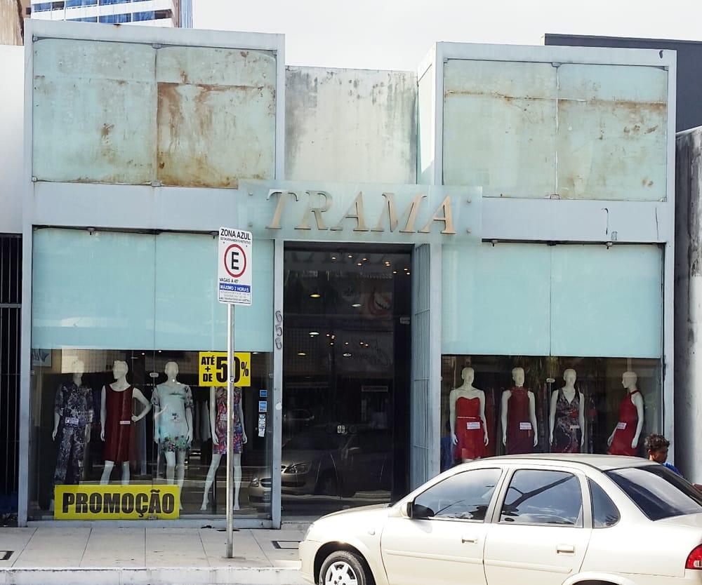 Trama confec es abbigliamento femminile av monsenhor - La finestra di fronte trama ...
