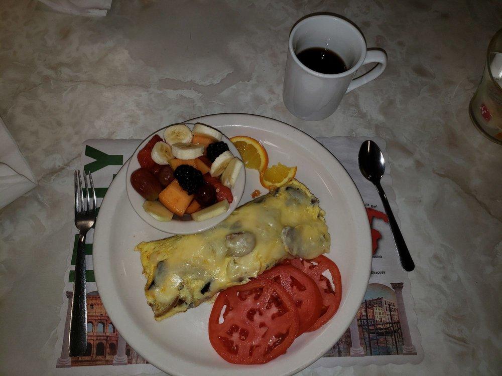 Suzi's Restaurant: 1555 E Bay Dr, Largo, FL
