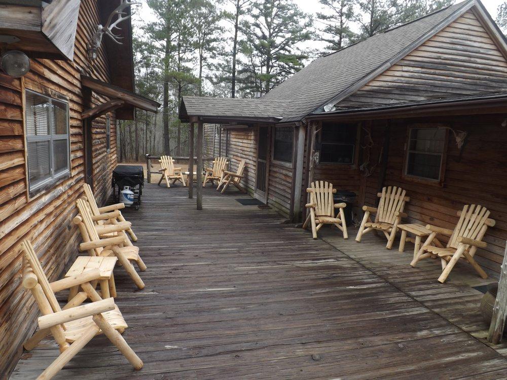 Hawkins Ridge Lodge: 910 County Road 79 S, Eufaula, AL