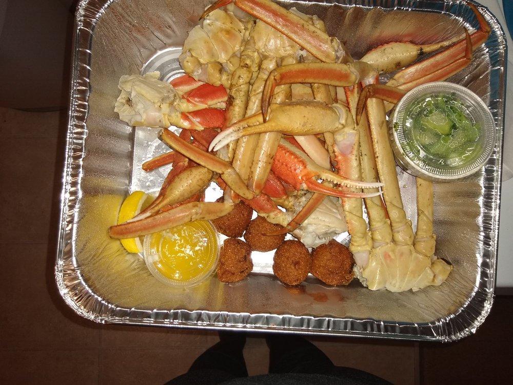 Conshy Seafood: 3024 Butler Pike, Conshohocken, PA