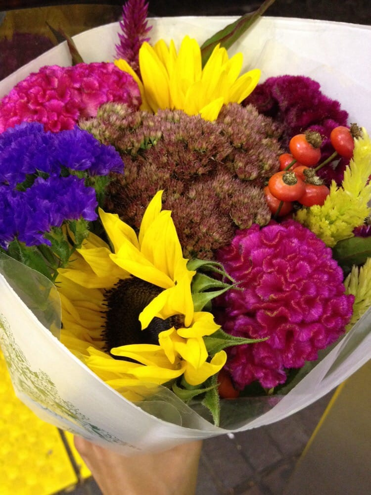 Downtown Crossing Flowers: 391 Washington St, Boston, MA