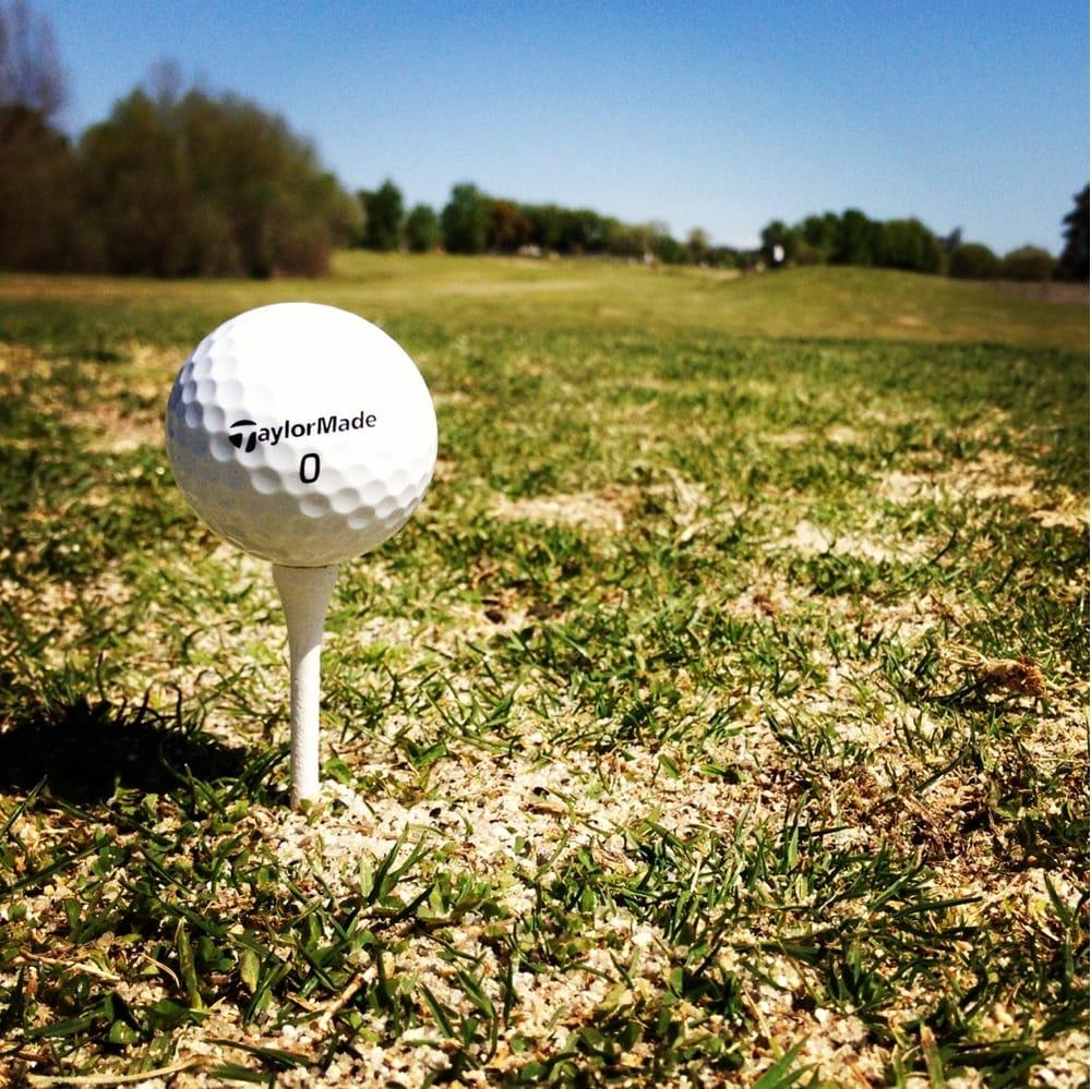 Bluff Pointe Golf Course