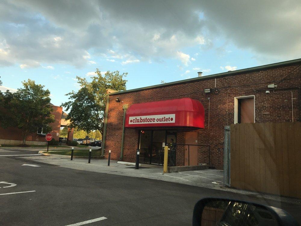 Clubstore Outlet: 9981 Manchester Rd, Saint Louis, MO