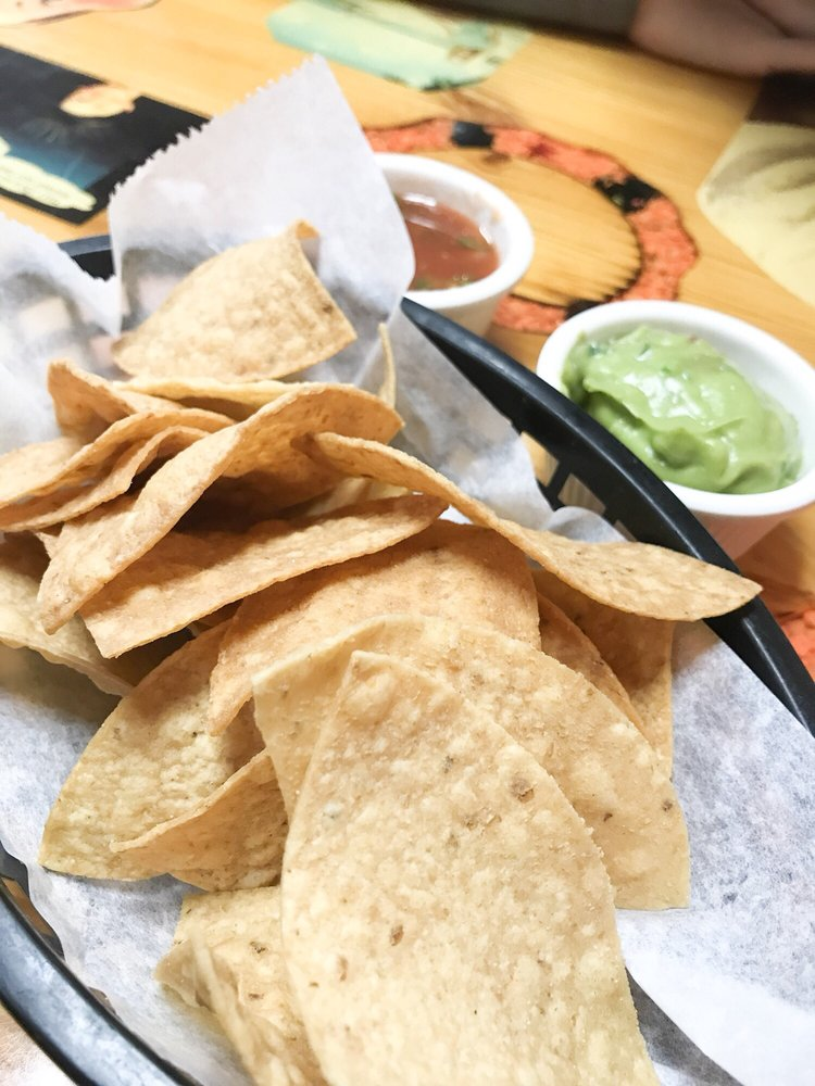 Buena Fe Restaurant: 10116 W Nine Mile Rd, Oak Park, MI