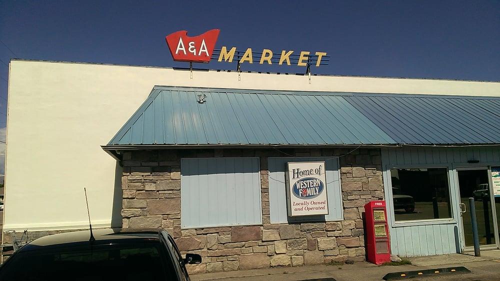 A & A Market: 218 N Idaho, Arco, ID