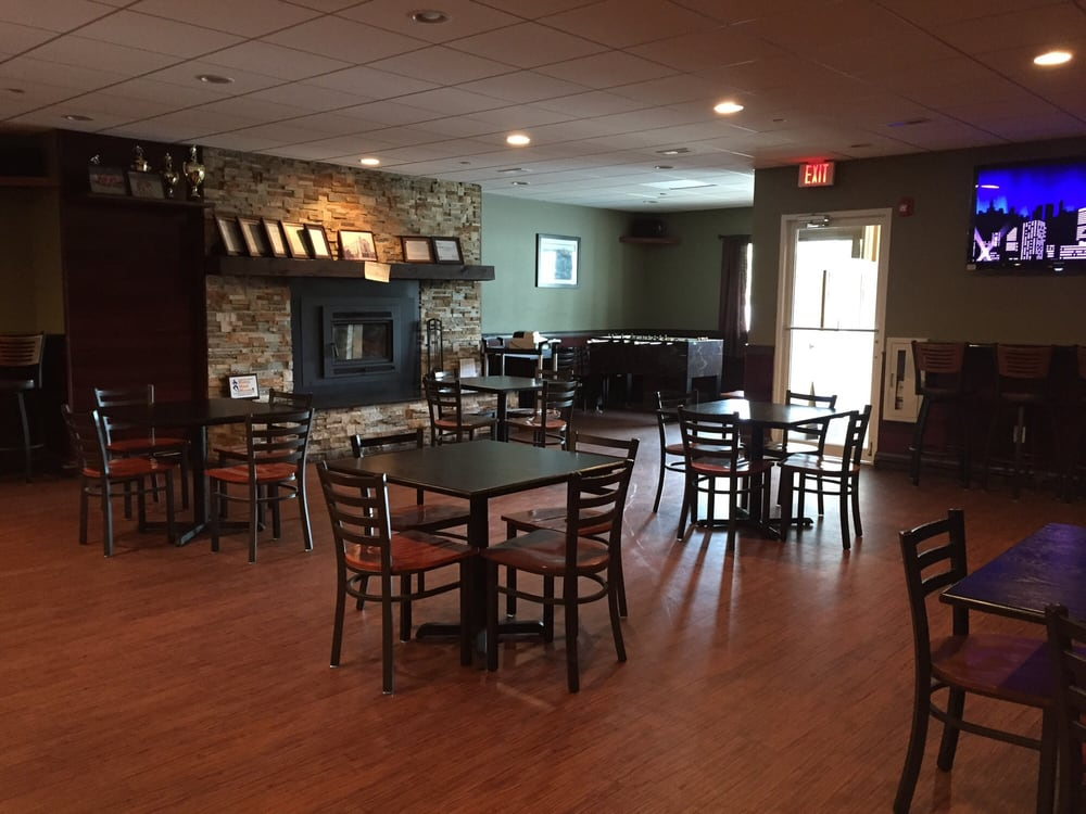 Photo Of Old School House Pub Restaurant Hudson Ma United States
