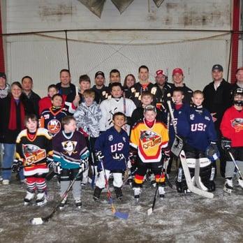 Hockey Players 4 Kids Community Service Non Profit 100 Broadway
