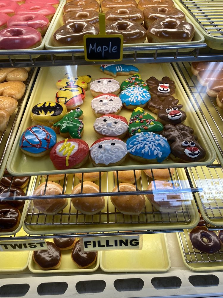 Best Donuts: 4301 SE 15th St, Del City, OK