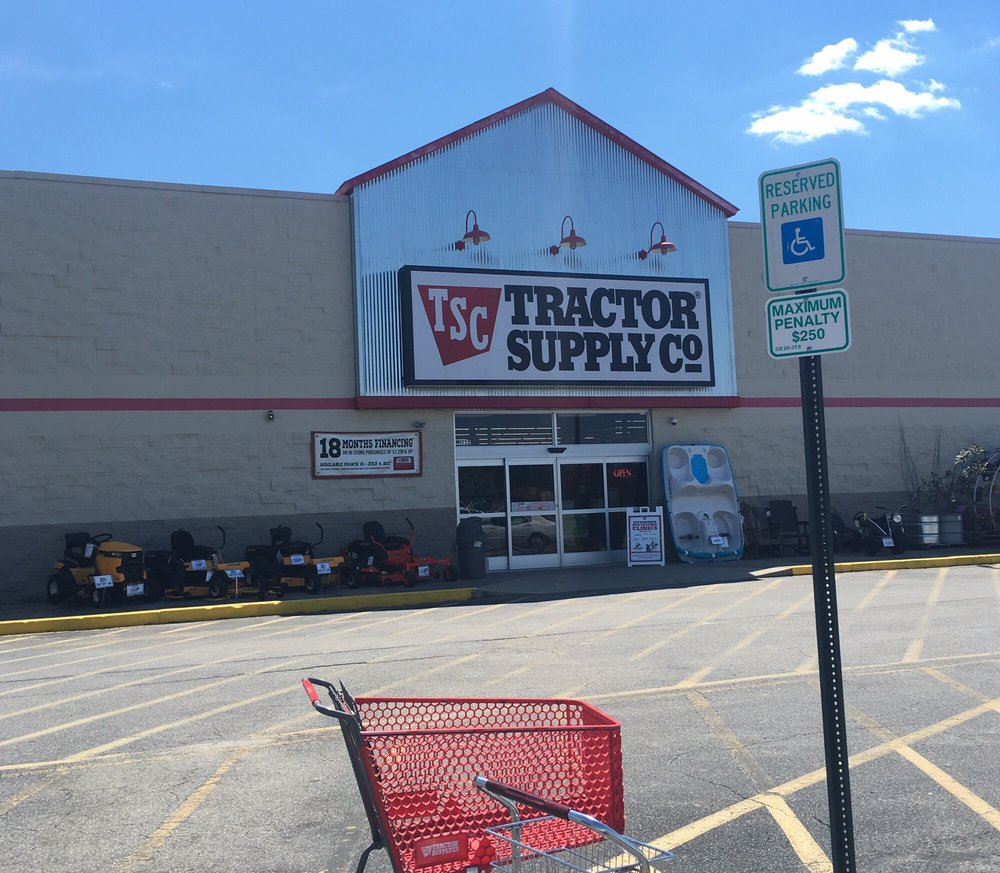 Tractor Supply: 1532 E Memorial Dr, Ahoskie, NC