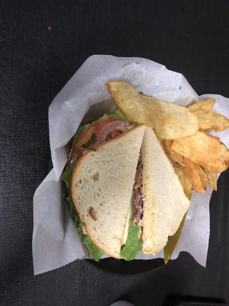 The Crusted Loaf: 319 N Washington Ave, Murfreesboro, AR