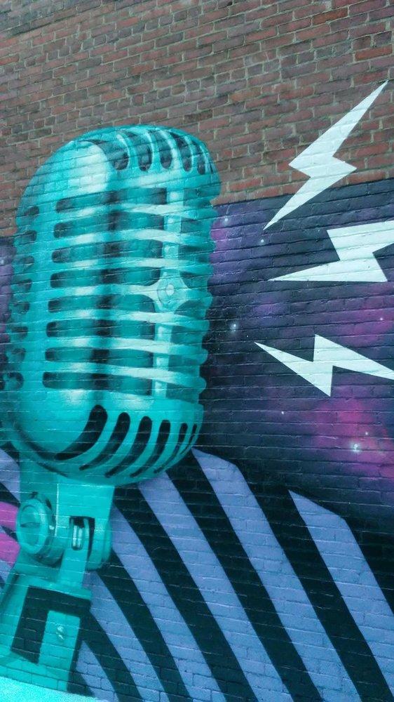 Wuol 90.5 Fm-Public Radio Partnership