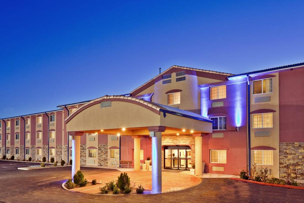 Holiday Inn Express Santa Rosa: 2516 Historic Rt 66, Santa Rosa, NM
