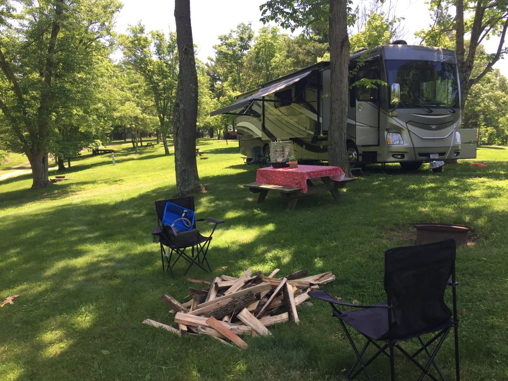 Hillview Acres Campground: 66271 Wolfs Den Rd, Cambridge, OH